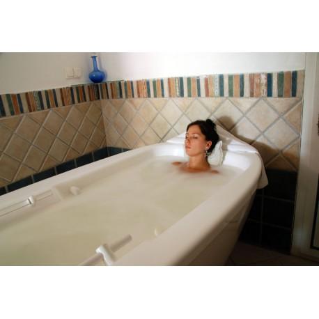 Bain hydromassant avec chromothérapie - Soin d'Hydrothérapie - Riva Bella Thalasso en Corse