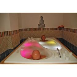 Bain relaxant Yin Yang pour 2 personnes