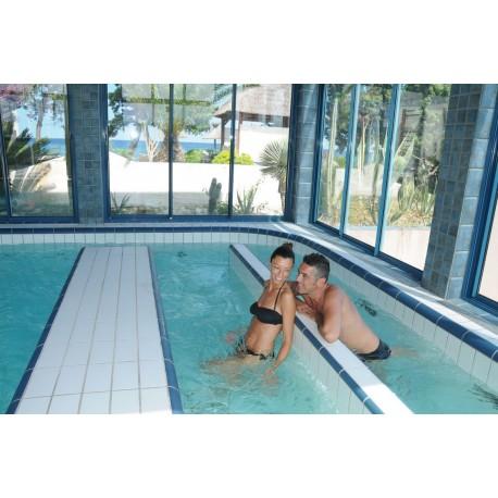 Parcours Marin à 32° C avec massages aquatiques - Soin d'Hydrothérapie - Riva Bella Thalasso en Corse