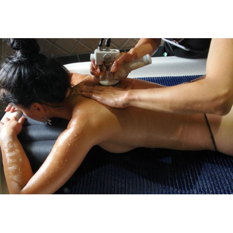 Soin Watermass Amincissant ou Drainant - Massage Hydro - Riva Bella Thalasso en Corse